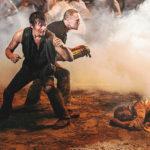 Daryl e seu irmão Merle lutando por sua sobrevivência – The Walking Dead