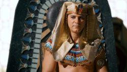 Faraó Apopi (Leonardo Vieira) Idolatrado pelo povo egípcio e tido como um deus vivo, é apaixonado por sua esposa Tany (Bianca Rinaldi) e ouve muito os seus conselhos.