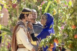 'Jezabel Acabe e princesa fenícia se casam e Elias faz milagre com pão e azeite