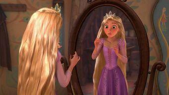 Rapunzel com a coroa