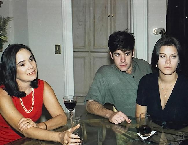 Regina Duarte, Murilo Benicio e Carolina Dieckmann por amor imagoi