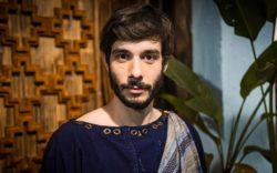 Vitor-Novello-interpreta-Abraao-na-quarta-fase-de-Genesis-profeta-e-considerado-pai-do-povo-hebreu