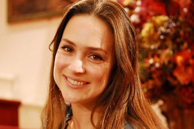 Gabriela Duarte como Maria Eduarda
