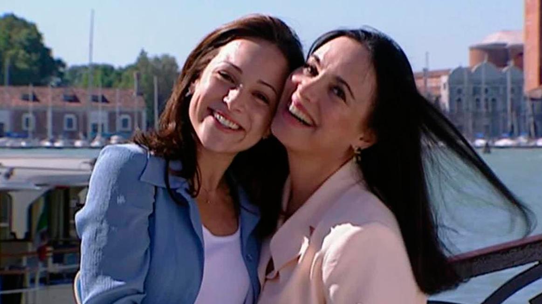 Gabriela e Regina Duarte na novela Por Amor