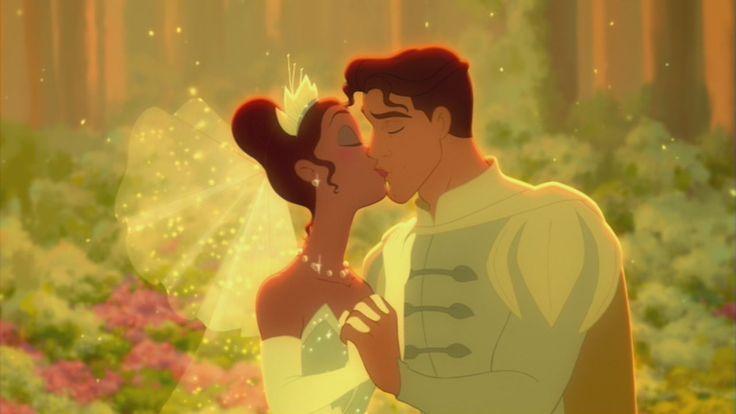 Casamento de Tiana e Naveen na floresta