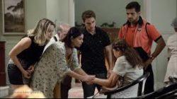 Em Amor Sem Igual, Yara recebe apoio de Mauro após agressão de Ernani e é levada para a casa de idosos. Ela recebe apoio de todos e é convencida a denuncia o marido por violência doméstica