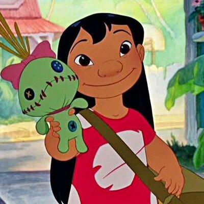 Lilo com sua boneca