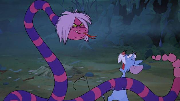 Madame Mim transforma em cobra