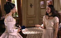 Malvina (Maria Ribeiro) e Isaura (Bianca Rinaldi) de A Escrava Isaura