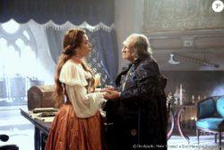Na última semana da novela 'Belaventura', Selena (Giselle Itié) descobre ser filha de Páris (Bemvindo Sequeira)