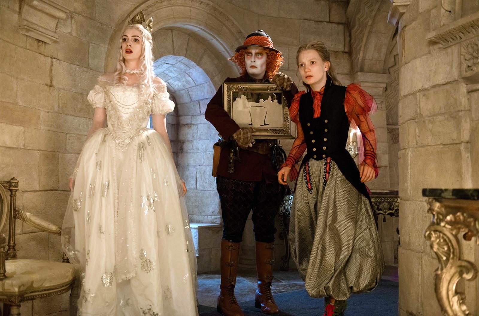 Rainha branca,Chapeleiro e Alice