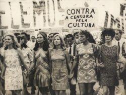Eva Wilma - Protesto contra a Ditadura
