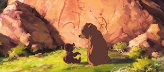 Kenai e Koda em frente a pedra