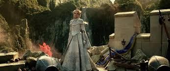 Rainha Ingrith provoca guerra