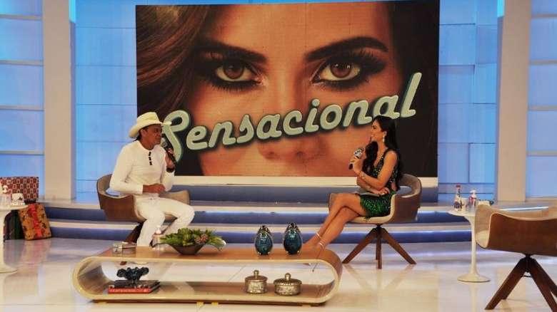 Frank Aguiar é entrevistado por Dani Albuquerque no programa Sensacional