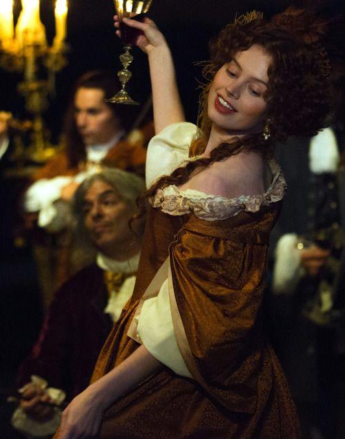 Luise em festa Versailles