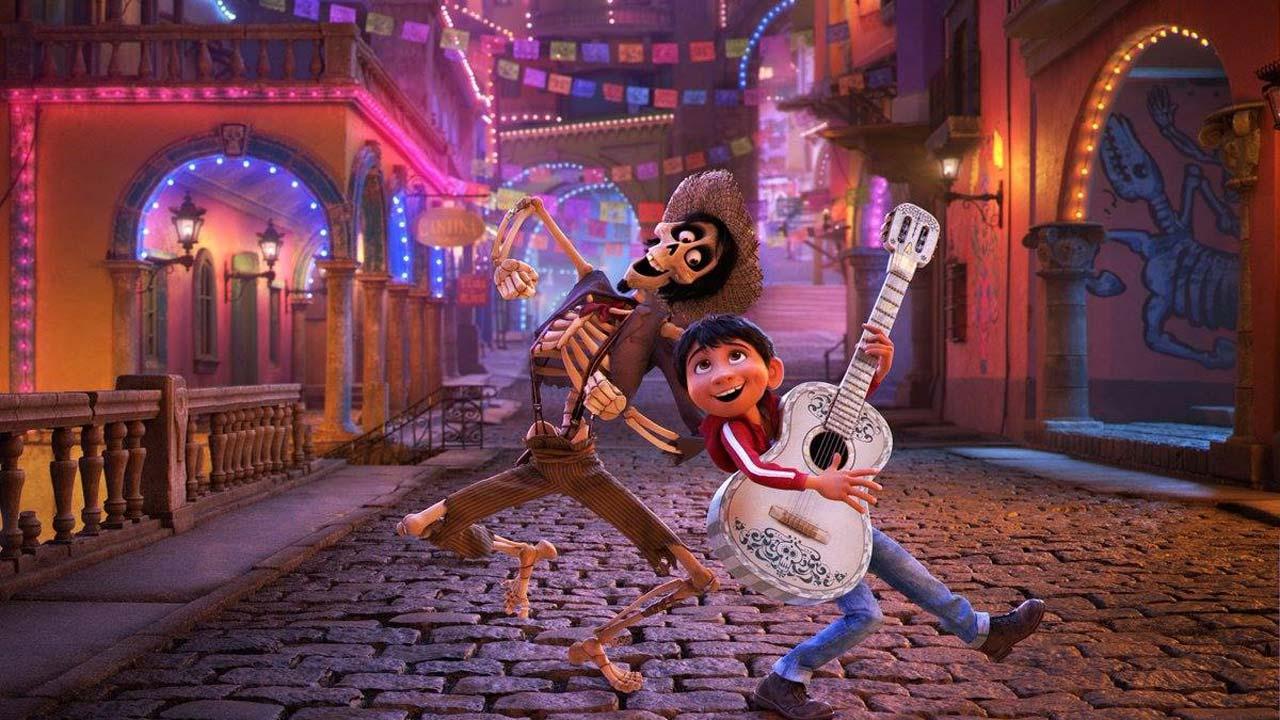 Hector e Miguel dançando