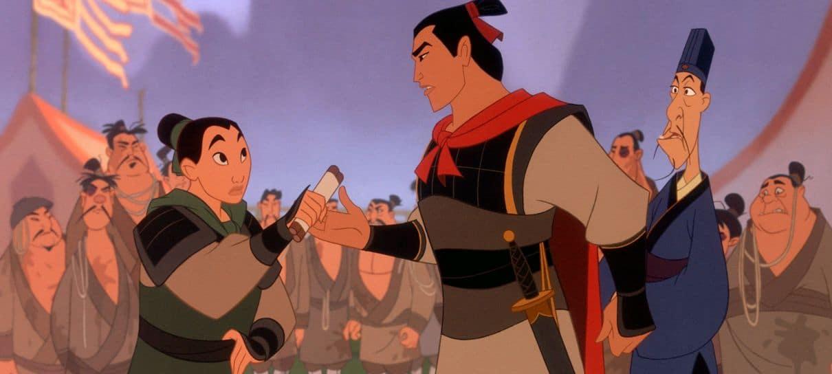 Mulan disfarçado com Lee Shang