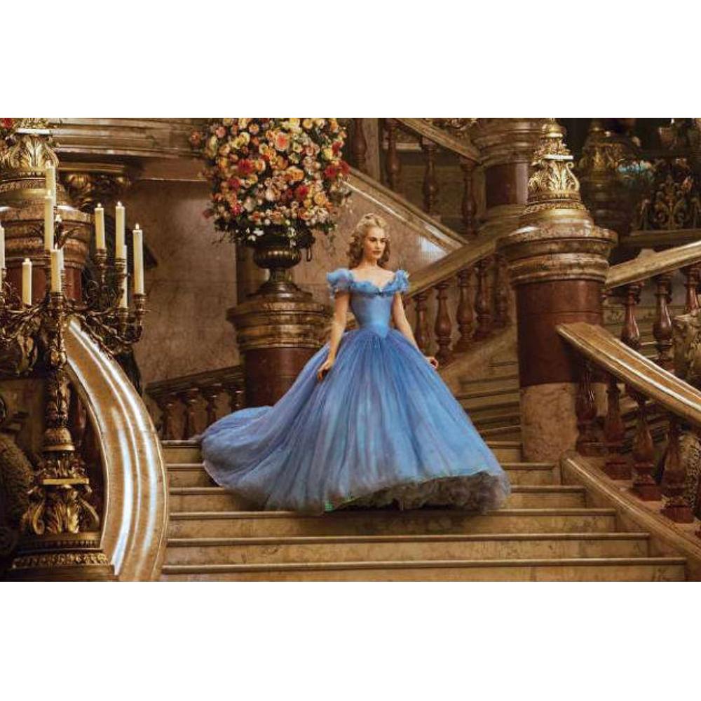 cinderela descendo as escadas filme Cinderela