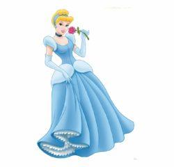Cinderela segurando uma flor na mão e sorrindo filme cinderela