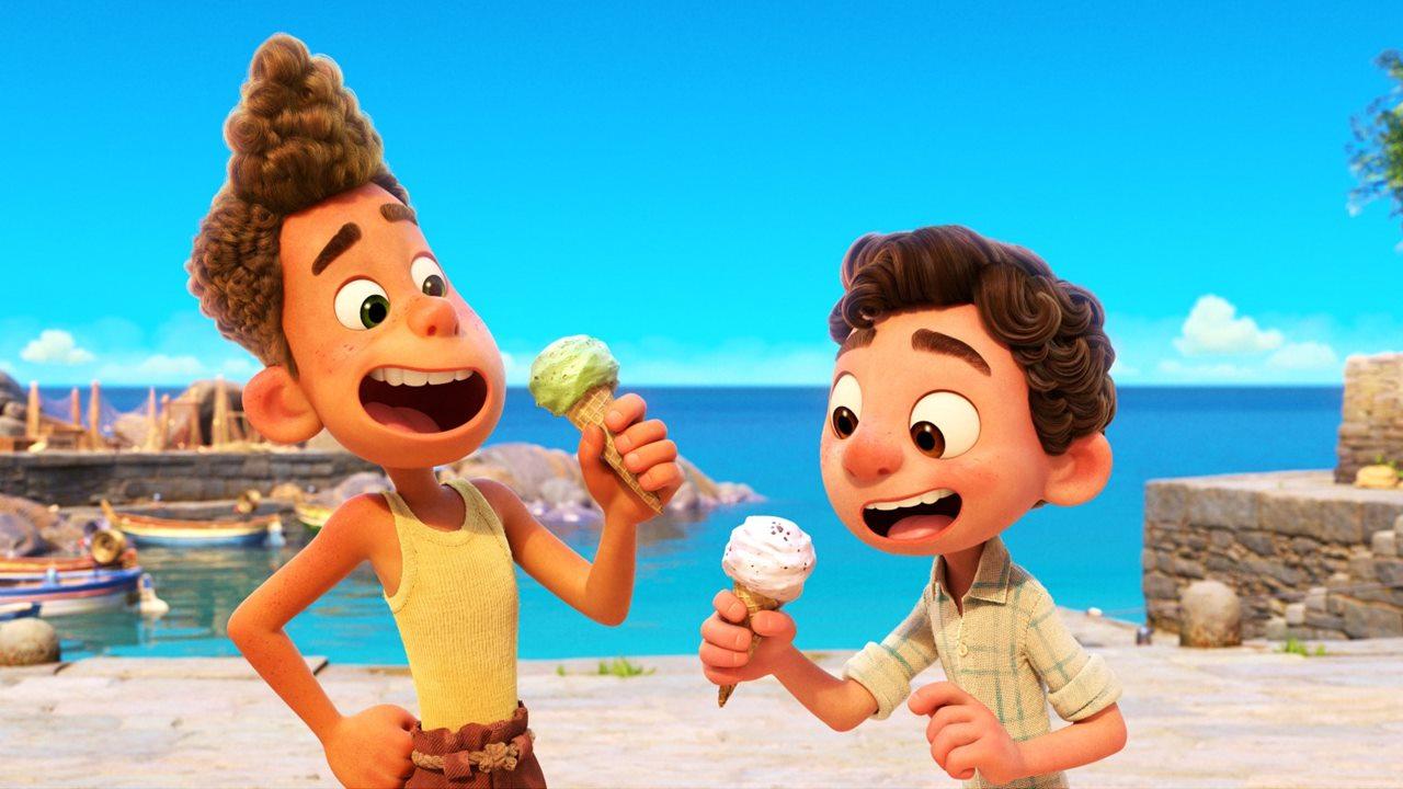 Alberto e Luca tomando sorvete